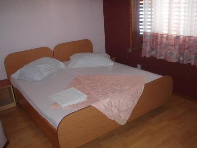 Apartments and Rooms Salih - 74911-S1 - Image 1 - Pula - rentals