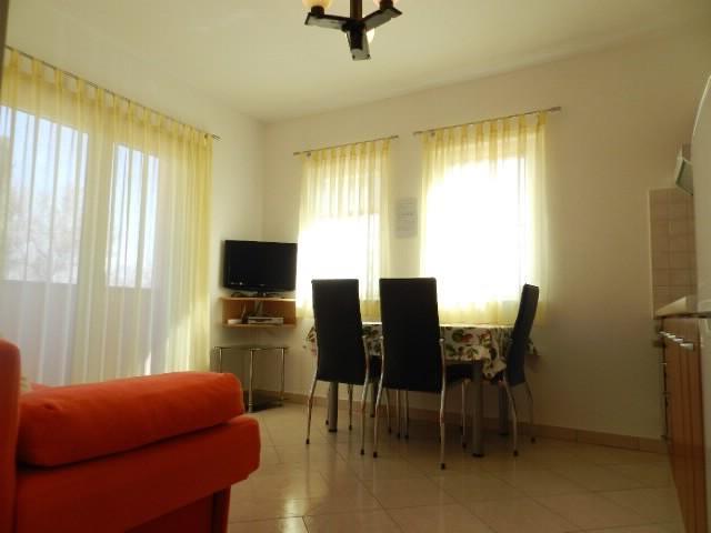 Apartments Mirsad - 75231-A1 - Image 1 - Fazana - rentals