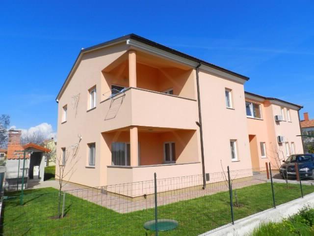 Apartments Mirsad - 75231-A2 - Image 1 - Fazana - rentals