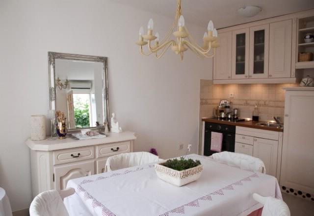 Apartment Biljana - 42691-A1 - Image 1 - Okrug Gornji - rentals