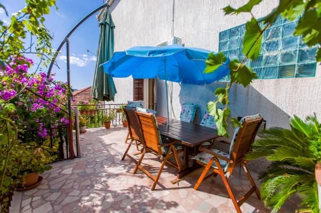 Apartments Ruzarija - 42841-A1 - Image 1 - Trogir - rentals