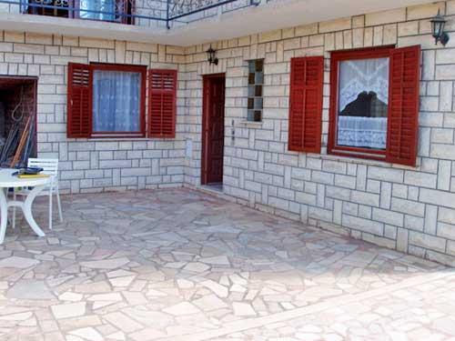 Apartments Ivan - 10171-A2 - Image 1 - Rogoznica - rentals