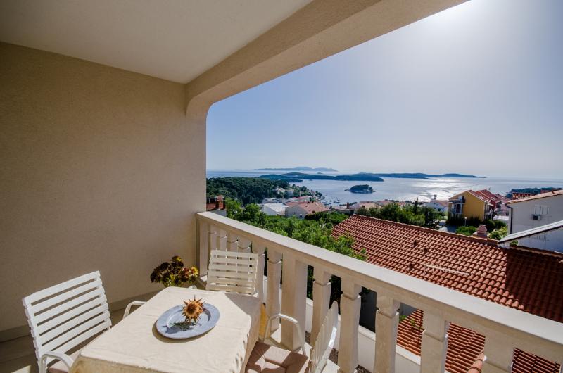 Apartments Marija - 11091-A1 - Image 1 - Hvar - rentals
