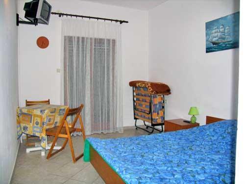 Apartments Sanja - 13891-A2 - Image 1 - Pag - rentals