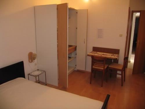 Apartments Ivanka - 20671-A2 - Image 1 - Pag - rentals
