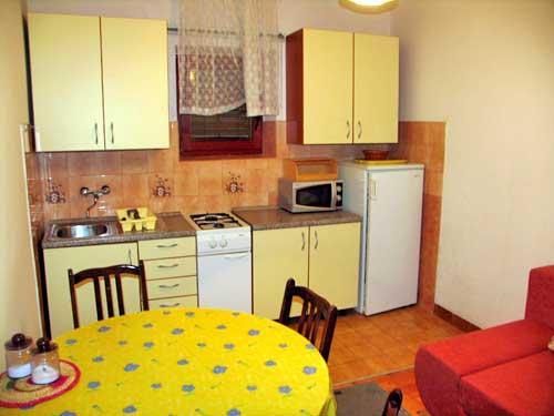 Apartments Mate - 21701-A1 - Image 1 - Biograd - rentals