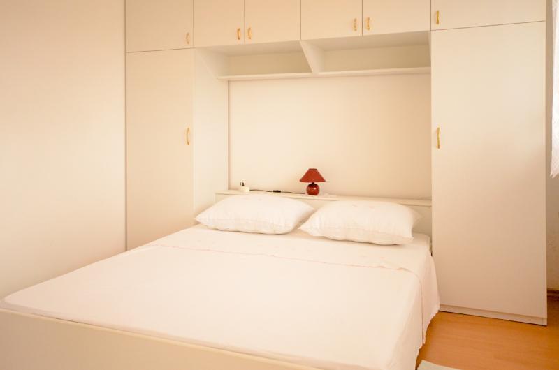Apartments Danica - 22221-A2 - Image 1 - Tisno - rentals