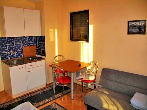 Apartments Milena - 23311-A1 - Image 1 - Rtina - rentals