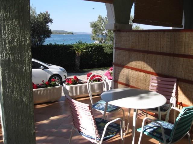 Apartments Zlata - 24191-A1 - Image 1 - Srima - rentals