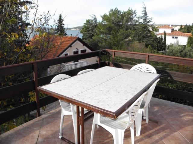 Apartments Ivan - 27031-A1 - Image 1 - Rovanjska - rentals