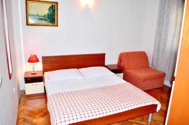 Apartments Marija - 30021-A6 - Image 1 - Podstrana - rentals