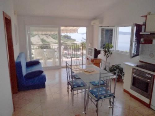 Apartments Milica - 30141-A1 - Image 1 - Okrug Donji - rentals