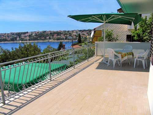 Apartments Stjepan - 30511-A1 - Image 1 - Okrug Gornji - rentals