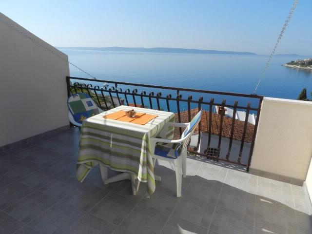 Apartments Maja - 30881-A3 - Image 1 - Okrug Gornji - rentals