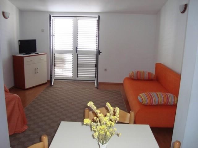 Apartments Gordan - 31451-A1 - Image 1 - Brist - rentals