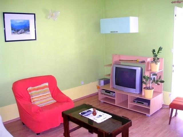 Apartments Katica - 31881-A3 - Image 1 - Makarska - rentals