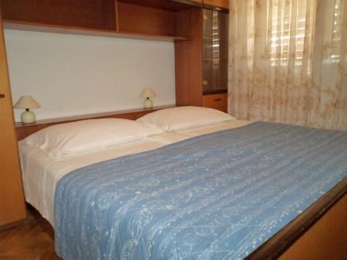 Apartment Jerka - 31961-A1 - Image 1 - Supetar - rentals