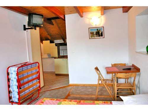 Apartments Ivo - 32171-A2 - Image 1 - Omis - rentals