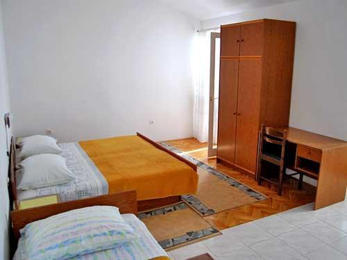 Apartments Biserka - 32691-A1 - Image 1 - Krilo Jesenice - rentals
