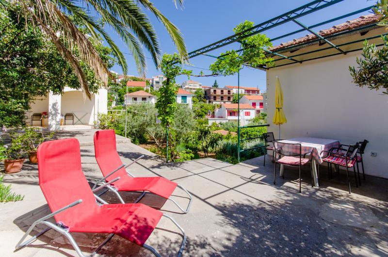 Apartments Marija - 33281-A2 - Image 1 - Hvar - rentals