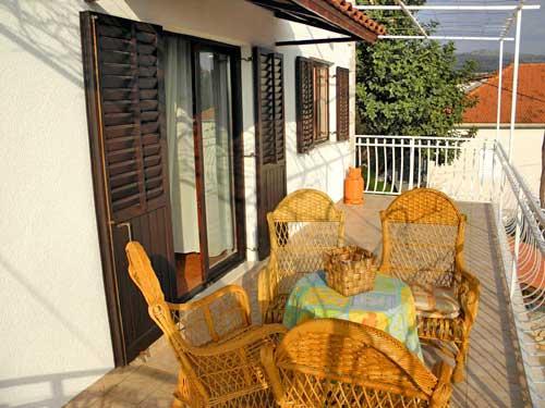 Apartments Mladen - 34391-A1 - Image 1 - Milna - rentals