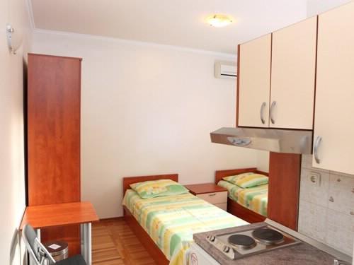 Apartment Željko - 34721-A1 - Image 1 - Split - rentals