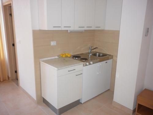 Apartments Ante - 36231-A4 - Image 1 - Makarska - rentals