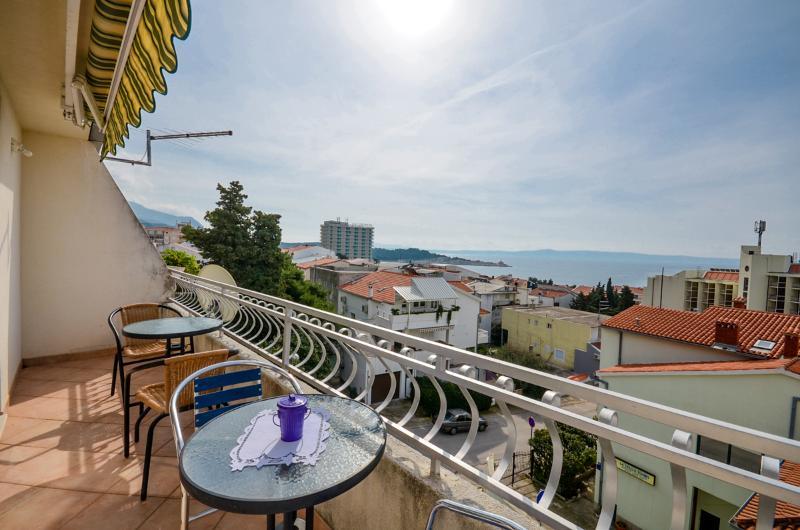 Apartments Meri - 36761-A2 - Image 1 - Makarska - rentals