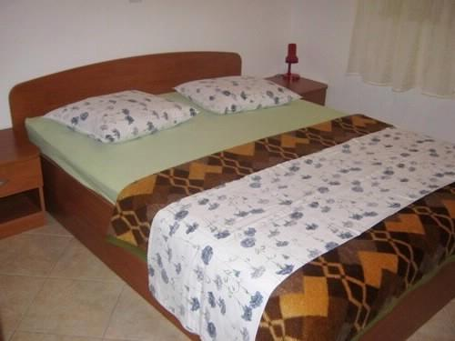 Apartments Ana - 37441-A1 - Image 1 - Makarska - rentals
