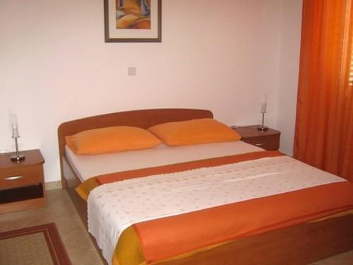 Apartments Ana - 37441-A4 - Image 1 - Makarska - rentals