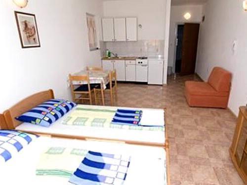 Apartments Marko - 37471-A1 - Image 1 - Makarska - rentals