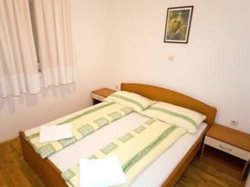 Apartments Marko - 37471-A2 - Image 1 - Makarska - rentals