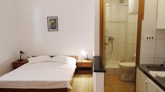 Apartments Ivo - 37511-A1 - Image 1 - Makarska - rentals