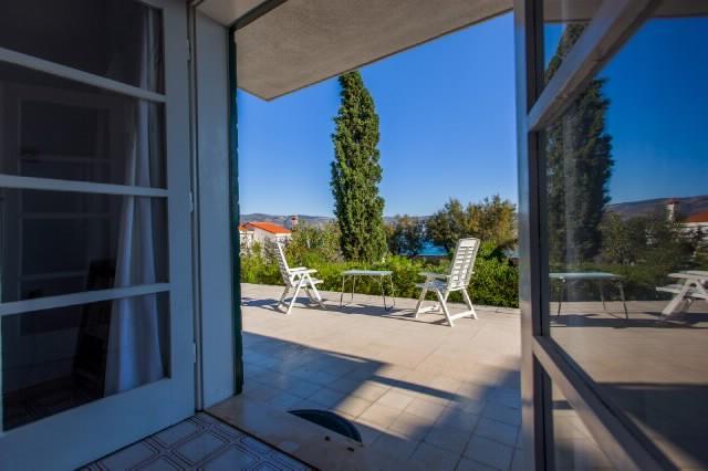 Apartment Neven - 39891-A1 - Image 1 - Slatine - rentals