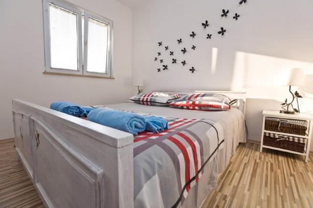 Apartments Damir - 40711-A1 - Image 1 - Bol - rentals