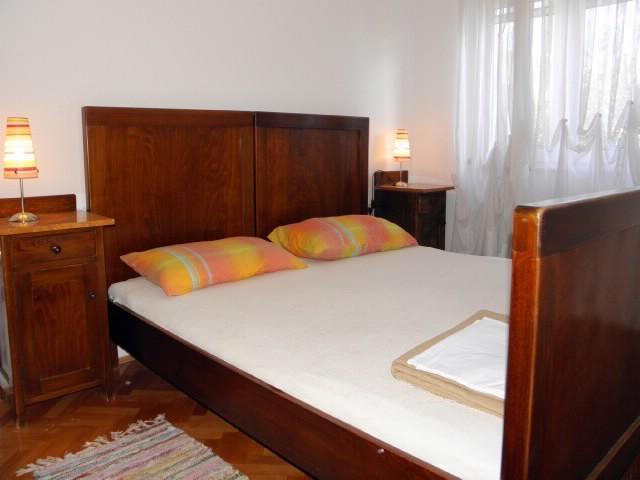 Apartments Petar - 40762-A1 - Image 1 - Kastel Stari - rentals