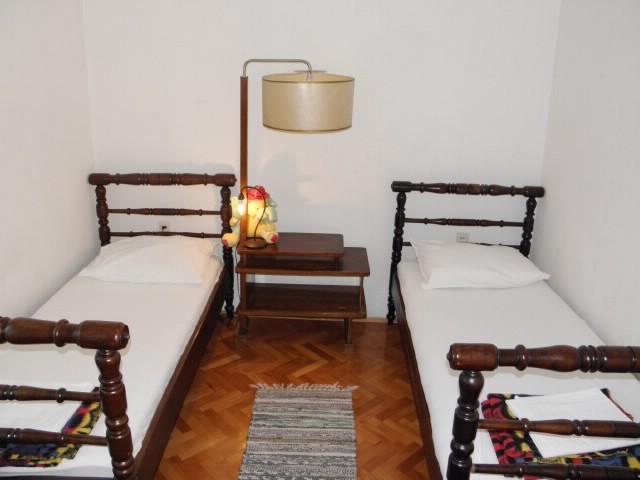 Apartments Petar - 40762-A2 - Image 1 - Kastel Stari - rentals