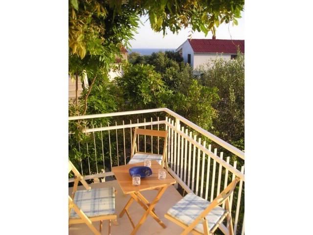 Apartments Nenad - 42811-A3 - Image 1 - Vinisce - rentals