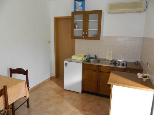 Apartments and Room Marija - 60091-A2 - Image 1 - Cres - rentals