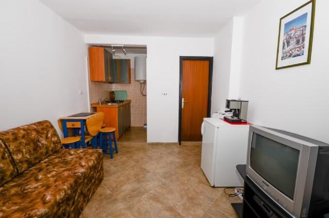 Apartments Ružica - 60291-A2 - Image 1 - Karlobag - rentals