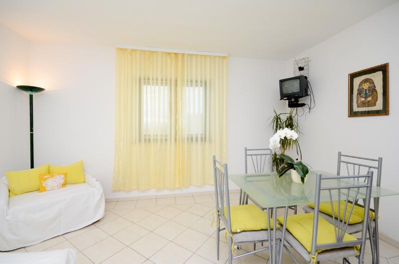Apartments Dragica - 60711-A2 - Image 1 - Krk - rentals