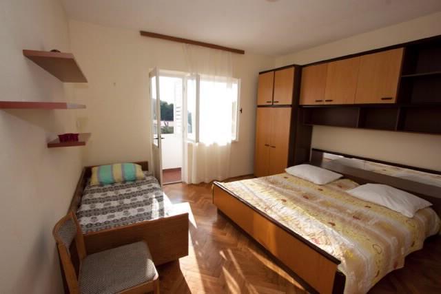 Apartments Ankica - 65601-A1 - Image 1 - Banjol - rentals