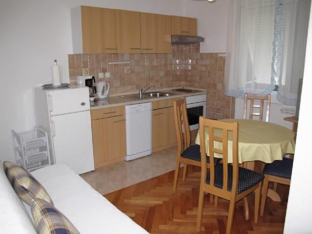 Apartments Marija - 65701-A1 - Image 1 - Banjol - rentals