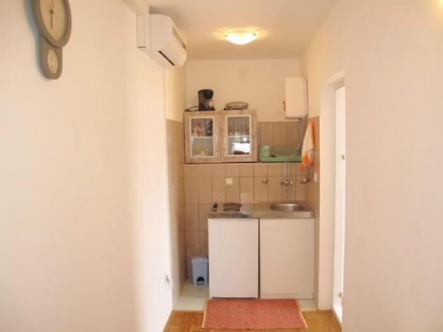 Apartments Dušan - 68621-A1 - Image 1 - Banjol - rentals