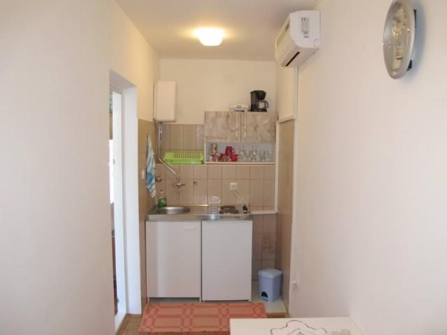 Apartments Dušan - 68621-A2 - Image 1 - Banjol - rentals