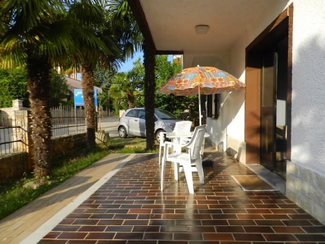 Apartments Ljiljana - 70831-A3 - Image 1 - Novigrad - rentals