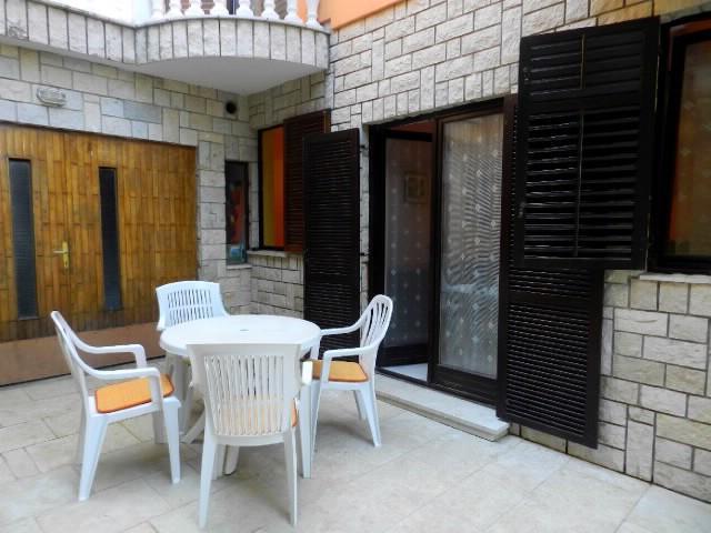 Apartments Drago - 70881-A2 - Image 1 - Banjole - rentals