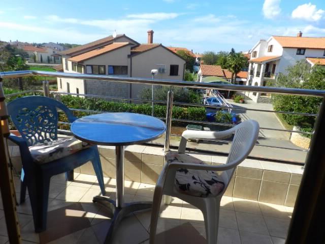 Apartments Manda - 74611-A1 - Image 1 - Fazana - rentals