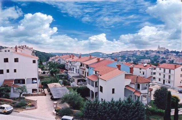 Apartments Ivan - 75571-A2 - Image 1 - Vrsar - rentals