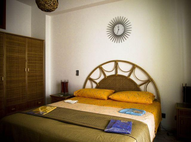 masterBedroom - sweet sicily holiday home for family or group - Balestrate - rentals
